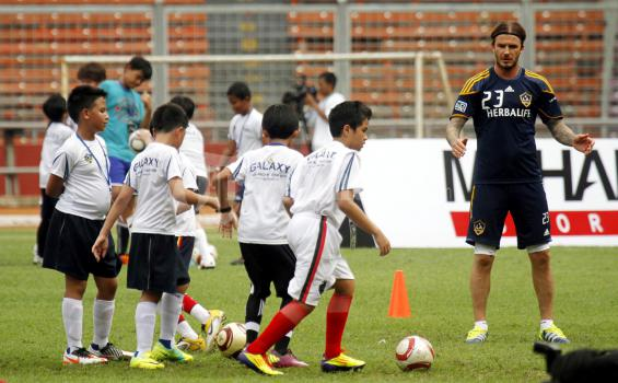 Coaching Clinic David Beckham Di GBK Senayan Jakarta  Sepakbola Indonesia Tidak Akan Pernah Maju