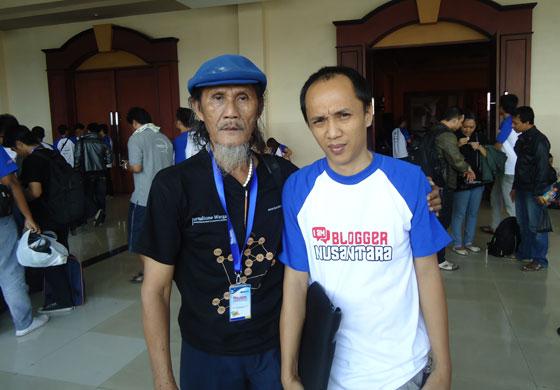 eserzone dan Arsyad Indradi Hari Ketiga Kopdar Blogger Nusantara