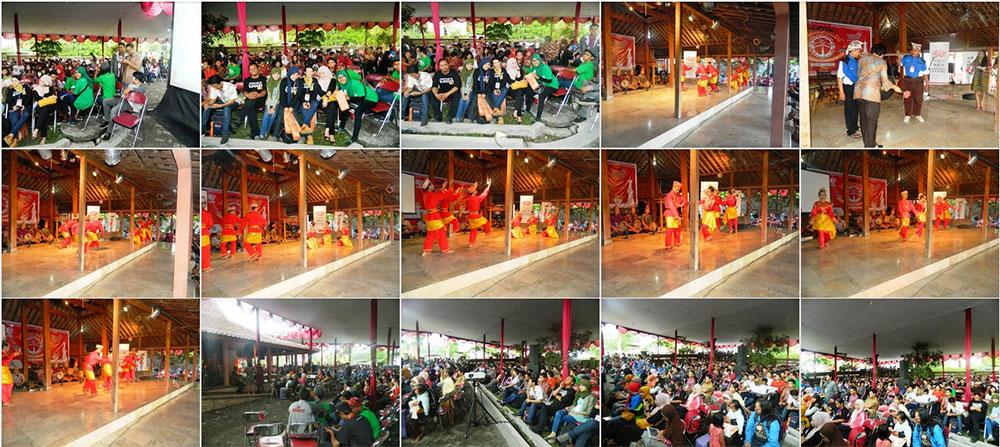 foto blogger nusantara 2013 Hanya Bisa Menyaksikan Meriahnya Kopdar Blogger Nusantara 2013 Lewat Facebook, Twitter dan Blog