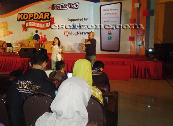 hari ke dua kopdar blogger nusantara materi oleh google Hari Kedua Kopdar Blogger Nusantara