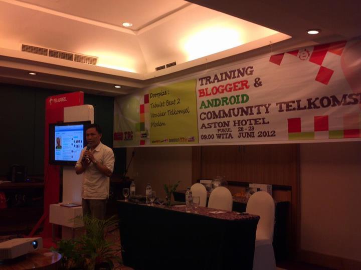 saul tindangen sharing blogging Senangnya Bisa Menyebarkan Virus Dengan Bantuan Telkomsel